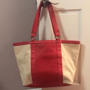 GiGi New York handbag